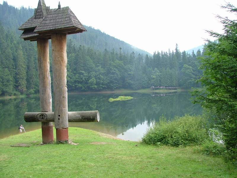 Вид на озеро Синевир